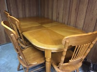 Solid Oak Dining Set null