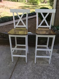 2 Farmhouse Style Tall Bar Chairs (Free delivery read ad)