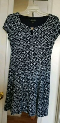 Size 6 Navy and White Dress Round Rock, 78664