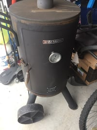 Black and gray char-broil smoker Pigeon Forge