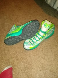 Shoes Kevin Durant Nike yellow and green size 13 men's New Castle, 19720