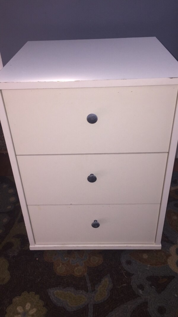 Small white cabinet drawers