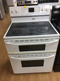 Maytag white electric double oven stove  Woodbridge, 22191