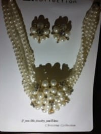 Bridal pearl clustered necklace and earring set Syracuse, 13224