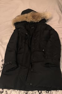 Woman's winter jacket real fur size large  Montréal, H1P 2W7