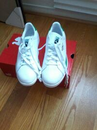 """pair of whtie addidas shoes. 11"""" brand new"""