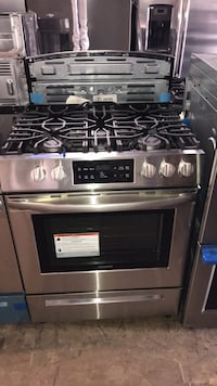 "New Frigidaire 30"" Slide In stainless steel gas stove 5 burners 6 mont Owings Mills, 21117"
