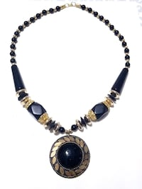 Black and gold beaded necklace Toronto, M9W 7J5
