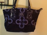 Black and silver Coach purse used once Simcoe, N3Y 1B1
