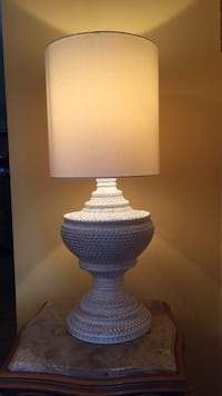 White table lamp Laval, H7W