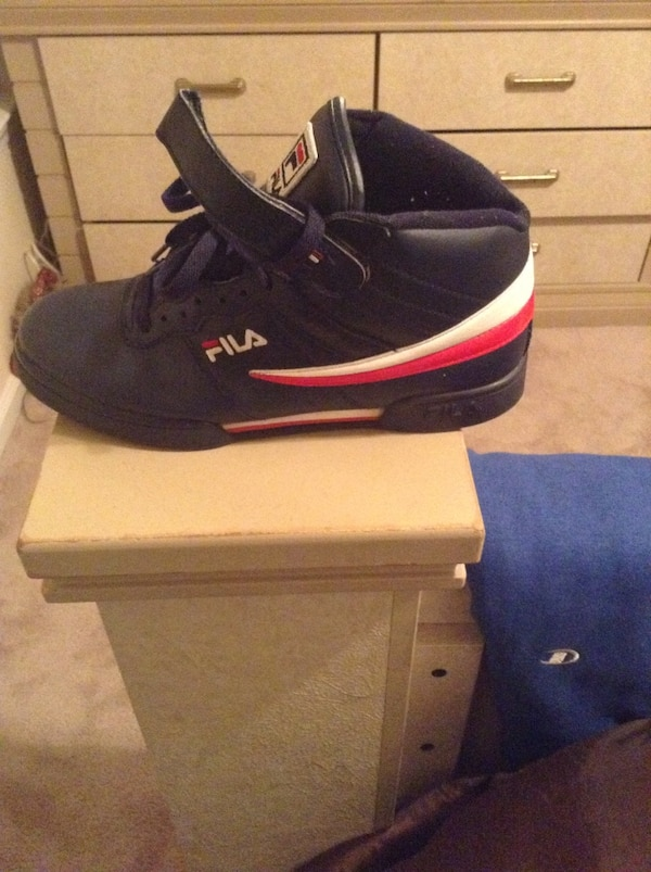 d2d48c047c00 Used blue-white-and-red fila basketball shoes for sale in Covington - letgo