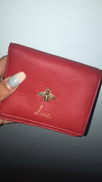 Red leather wallet Vernon, V1T 3W4