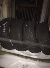 4 Winter Tires (Good condition) 195/65R15