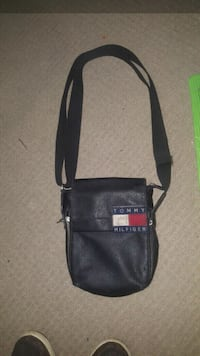 black and red leather crossbody bag Calgary, T2W 4C1