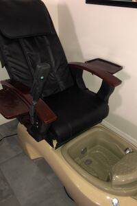 Massaging Pedicure Salon Chairs Las Vegas, 89147