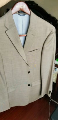 Tommy Hilfiger notch lapel suit jacket Surrey, V3R 6J3