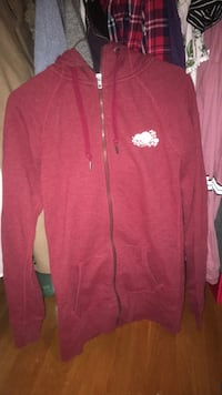 Roots sweater (xs) Kitchener