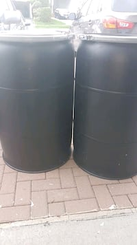 large clean plastic barrels perfect for shipping or storage 3 for $100 Toronto, M9V 4B1
