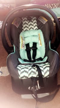 Car seat and stroller set  Decatur, 62521