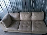 Leather loveseat Calgary, T3A 0Y1