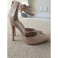 Size 7 Heels Worn once AMAZING condition