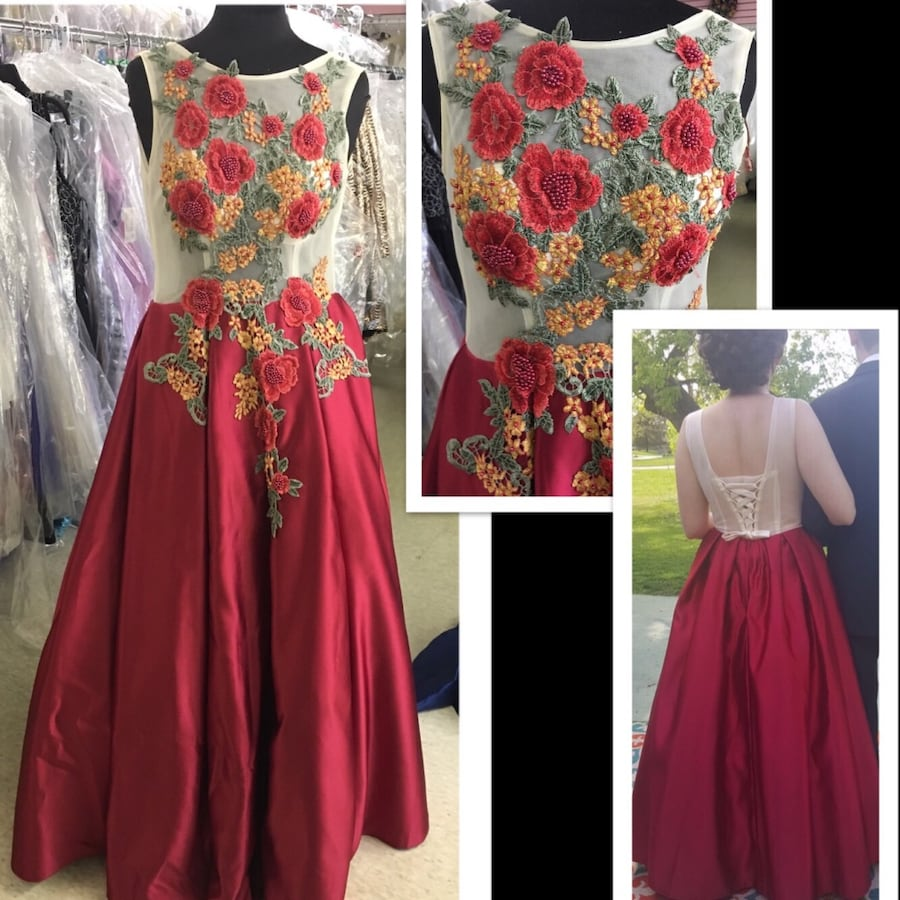 Size 10 Formal Gown $151