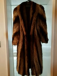 Brown striped real fox fur coat Brooklyn, 11204