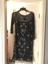 black and gray floral long-sleeved dress Arvada, 80005