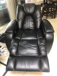 Leather Recliner METAIRIE