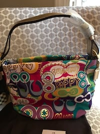 COACH Poppy Duffle, *New w/ Tags, comes with care instructions and dust bag Winchester, 22602