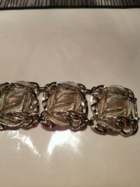 Beautiful Bracelet, silver in color. perfect condi London, N6C 4W2