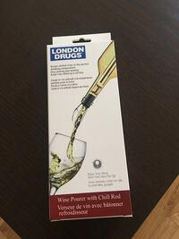 Brand new wine pourer with chill rod Calgary, T3B