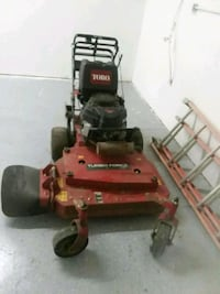 red and black zero-turn mower Dallas, 75238