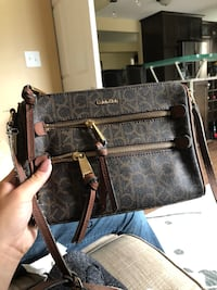 Calvin Klein purse  Kingston, K7P 1P3