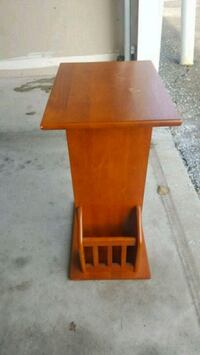 Small side wood table