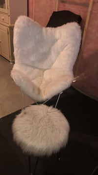 white and gray fur chair London, N6B
