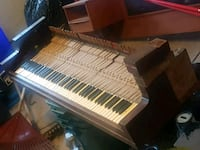 100 year old piano ke bed. Free.  Great for art project. Pick up only.