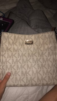 Michael Kors purse Ormond Beach, 32176