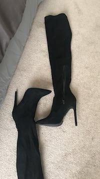 pair of black suede heeled knee-high boots Bayfield, 81122