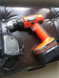 Black & Decker cordless drill 14.4 v with battery and charger