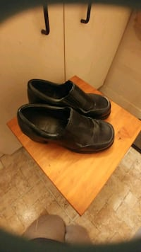 Pair of black leather dress shoes Kitchener, N2G 4X6