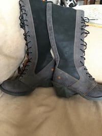 pair of gray leather boots Calgary, T1Y 4E3