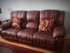 brown leather couch with loveseat