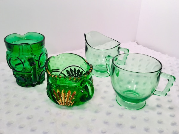 Vintage 4 pc Forrest Green Glass Creamer & Sugar Bundle 6b5e5511-748e-4122-9139-508121efc35c
