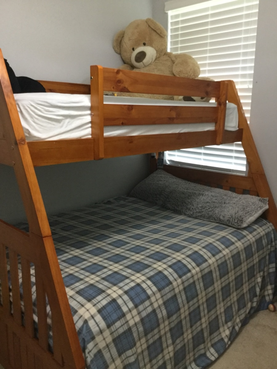 Used brown wooden bunk bed in southwest palm beach co for Southwest beds