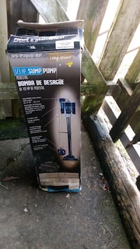 Sump pump new in box  Maple Ridge, V4R 1T6