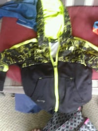 Russell jacket size xs (4-5) Plant City, 33567