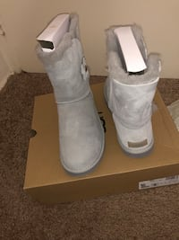 Brand new Uggs for sale Baltimore, 21213