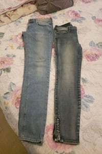 Size 28 h&m jeans and size 27 guess jeans Surrey, V3V 2A6