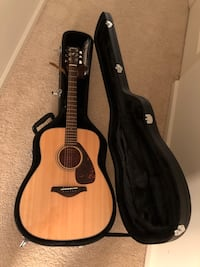 Yamaha FG700s Guitar Solid Top with Knox Hard Shell Guitar Case,Tuner,Stand,strings,Stap,Capo and Picks Bear, 19701